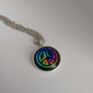 Jewelry - PEACE SIGN NECKLACE - Trippy Hippie Fashion Love
